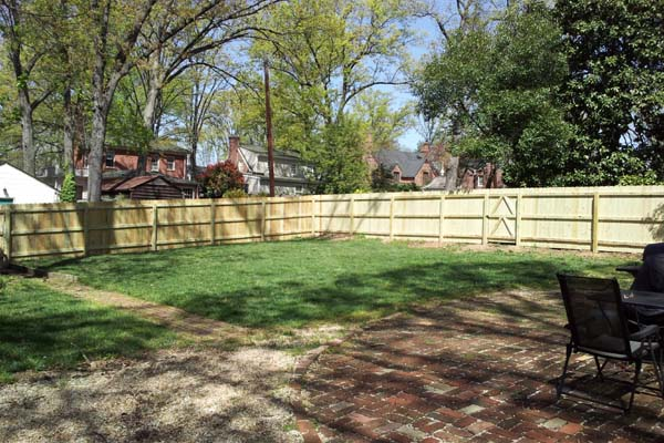 dog ear privacy wood fence